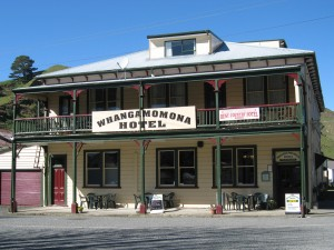 Whangamonona in happier times (i.e. when I went there in 2006 and had some wedges for lunch at the the pub).